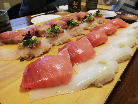 【画像】3000円で食える寿司のクオリティがヤバイwwwwwwwwwww