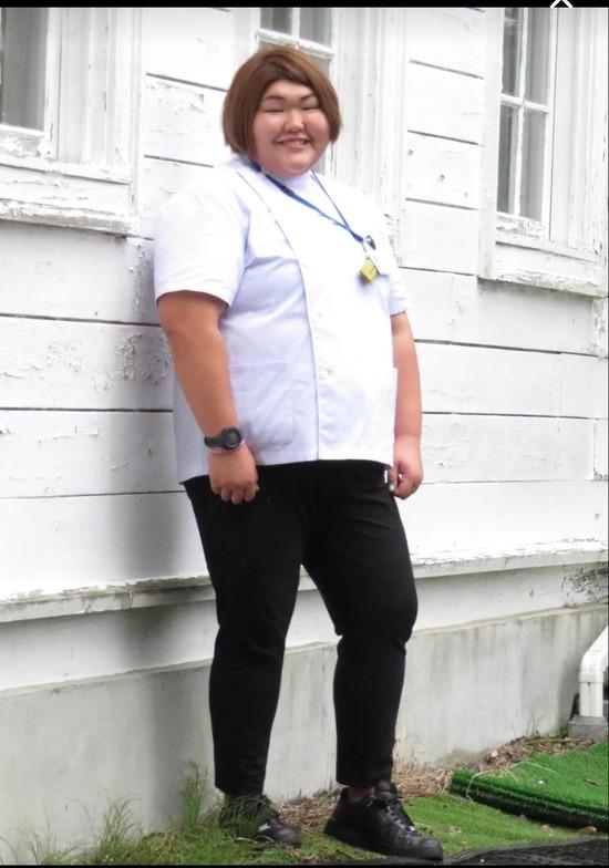 【画像】女医の卵 朝比奈沙羅ちゃん(23)白衣姿を初披露 「身が引き締まる」