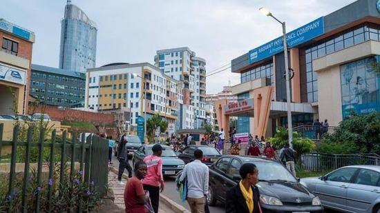 【画像】ルワンダさん、いつのまにかアフリカ有数の先進国になってしまうwwwwwwww