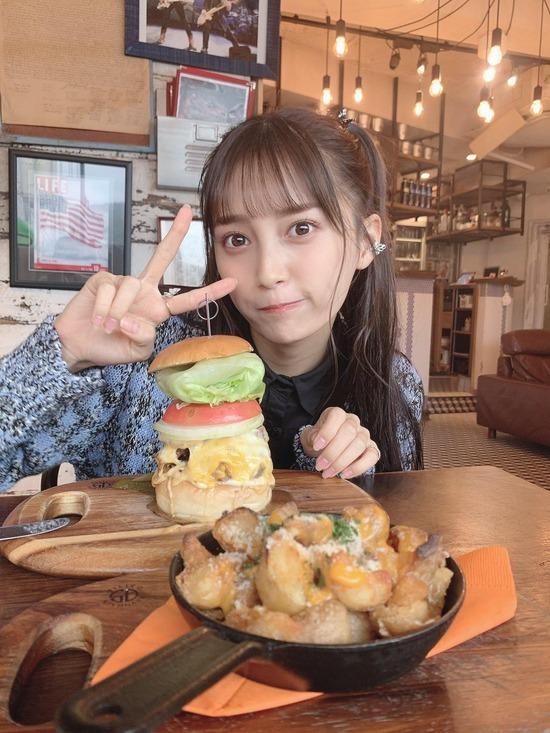 【画像】こういうかぶりつけないハンバーガー出す絶望的にセンスのない店ww