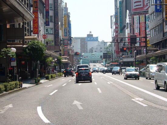 【画像】これ金沢市なんやけど、東京で言えばどこレベルの都会になる?