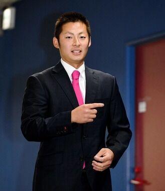【広島】一岡、400万円ダウンの年俸7300万円 初の減俸も「納得」 来季は「1年1軍でフルに投げられるよう」
