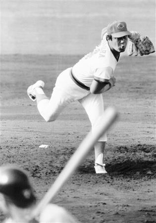 赤ヘル伝説のエース・外木場義郎が語る現代の投手の理想とは「俺が投げる日は中継ぎを休ませるという気持ちを持ってほしい」