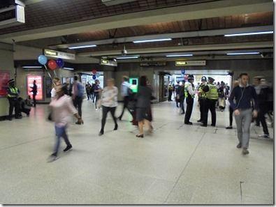 ロンドン警察が朝から警戒している