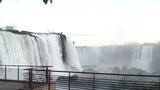 迫力のイグアスの滝!拡大!<br>