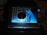 パソコンに日々が入り液晶が真っ黒に…