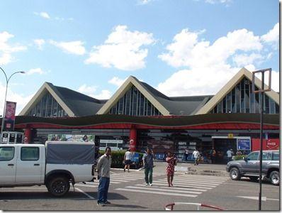 アンタナナリブの空港