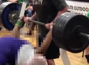【驚愕】15歳の少女、ベンチプレス160kgを上げてしまう… 化け物かよ…(動画あり)