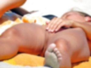 【エロ注意】ヌーディストビーチでオ○ニーした女の子はこうなるwwwww(画像あり)