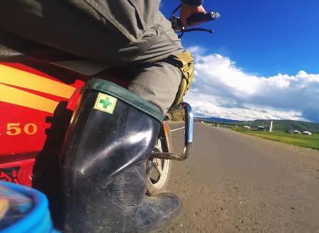 旅の記録。キャンプしながらバイクでモンゴル3900kmを走った旅人の映像。シナリーXY150