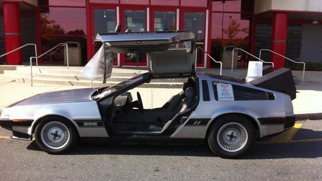 DeLoreans-Back-to-Future