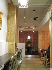 THE_CAFE_02