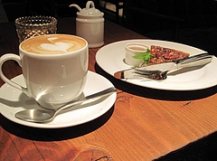 Roman Record Cafe 5