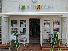 THE_GREEN_ROOM_02