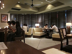 majestic_cafe_02_02