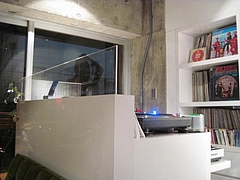 Roman Record Cafe 7