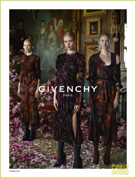 donatella-versace-givenchy-new-face-07