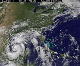 ハリケーン ALEX