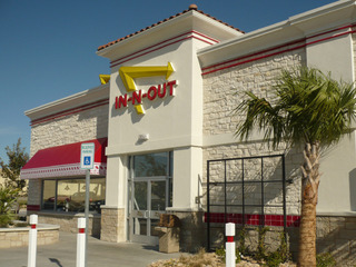 IN-N-OUT Burgers Rockwall店