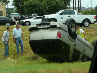 車 横転事故 その�