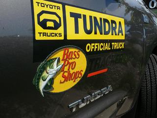Toyota Tundra Bass Pro Shops仕様
