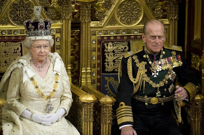 The+Queen+opens+Parliament+yN5N-gxdGfkx