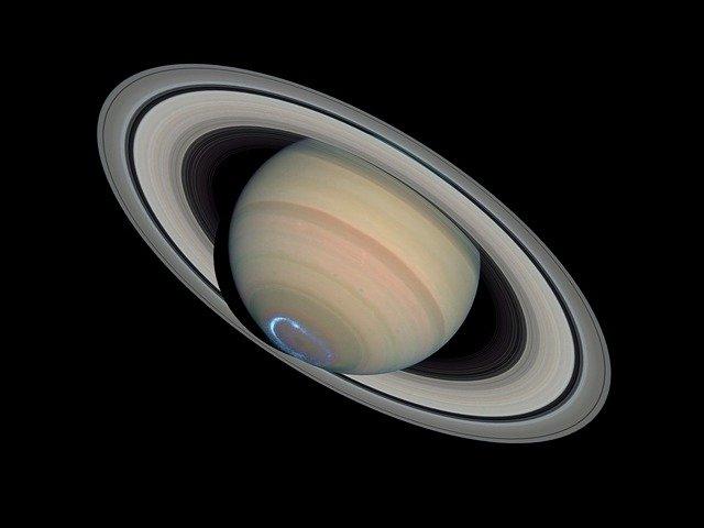 女「土星って水に浮くらしいよ」 男「浮くわけねーだろ」 土星「浮くぞ」