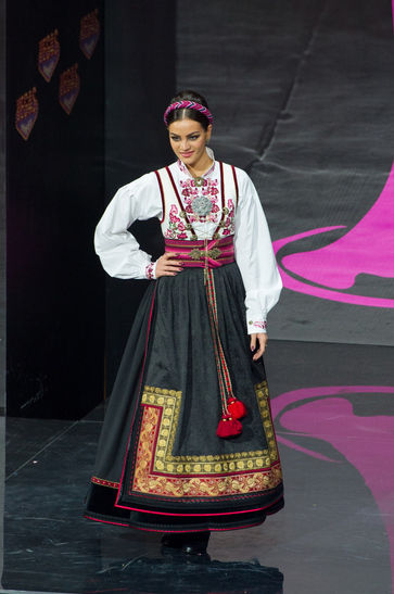 national-costume-miss-norway-2013