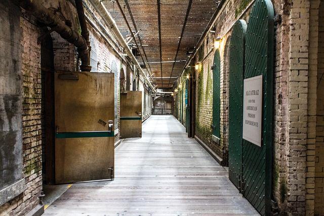 alcatraz-1630483_640