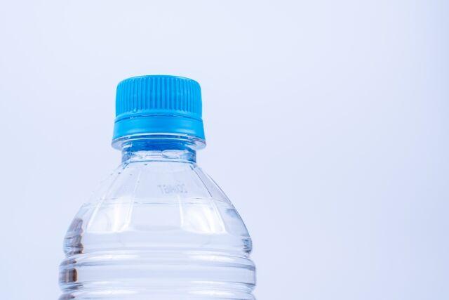 コンビニで毎日1Lの水買ってるワイが付けられてそうなあだ名