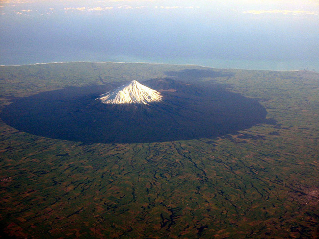 mount-taranaki-volcano-from-an-airplane-aerial-from-above