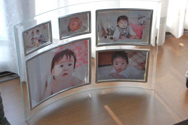 【悲報】 ワイ、お客さんの初孫の写真を突然見せられ気の利いたこと何も言えず無事死亡