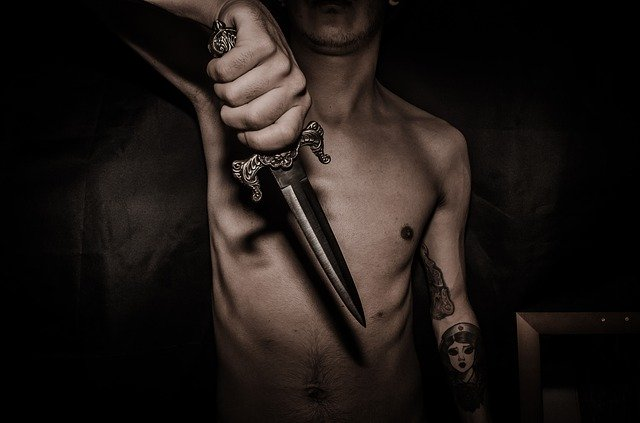 dagger-1877112_640