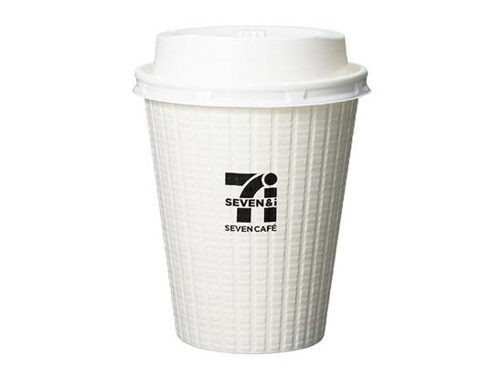 セブンのコーヒーのカップにカフェラテを注いだ男性、不起訴に