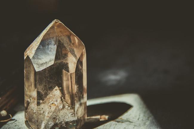 crystal-2723145_960_720