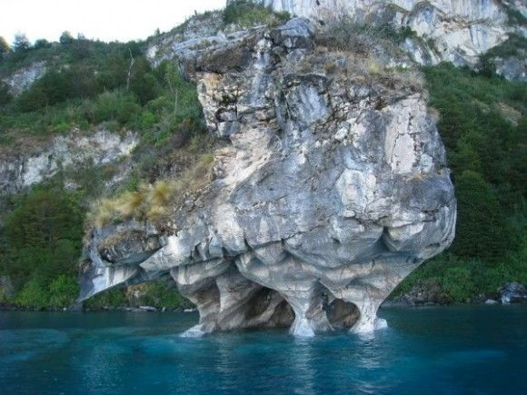 beautiful-marble-caves-in-patagonia-1-580x435