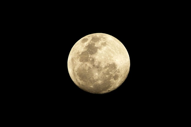 moon-1754740_960_720