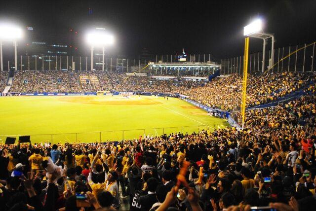 【悲報】 嵐、今日も野球の試合を中断させる(2日連続3回目)