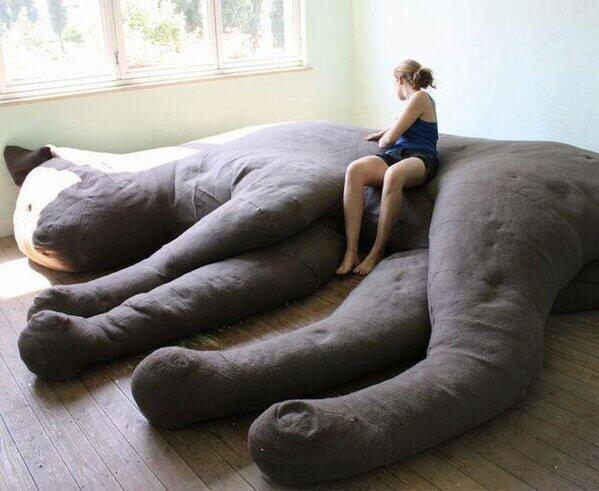 大きな猫ソファーが今ネットで話題に ガールズちゃんねる Girls Channel