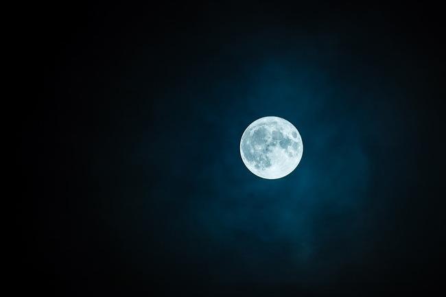 moon-1859616_960_720