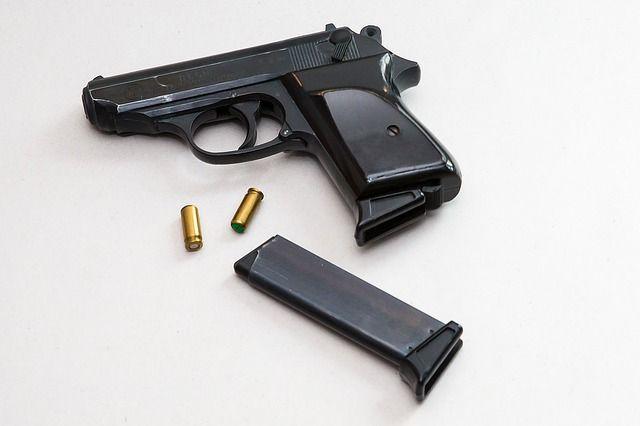 pistol-1434020_640