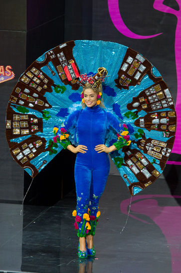 national-costume-miss-netherlands-2013