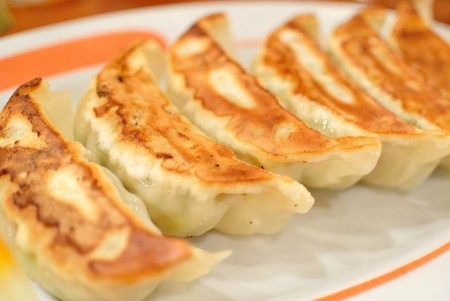 餃子のタレといえば?一般人「酢醤油」食通気取り「酢胡椒」デブ「七味マヨネーズ」