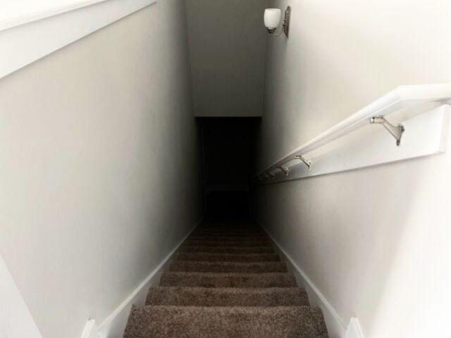 ガキワイ「家建てたら屋根裏部屋と隠し扉と地下室欲しいぃ~!!!!男のロマン~!!!」
