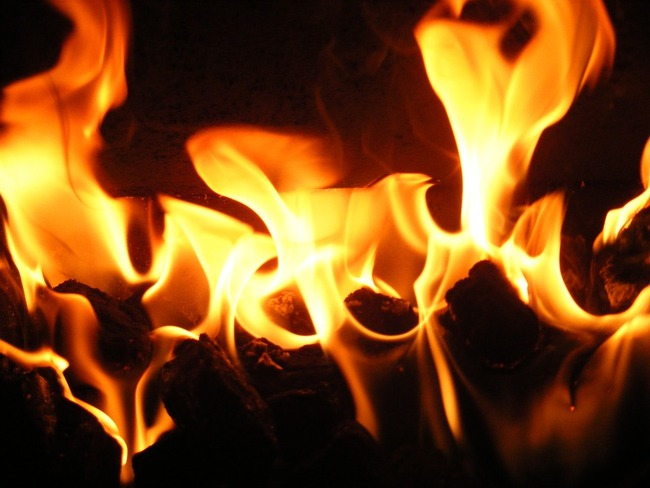 flame-657153_960_720