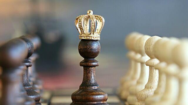 国王「魔王を倒した勇者は、もう用済みだから始末する」
