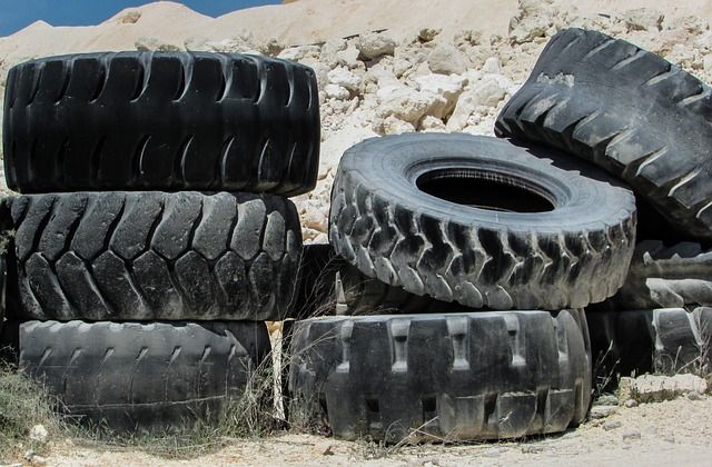 tyres-1303418_640
