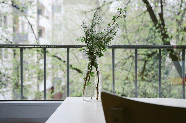 flower-vase-336558_640