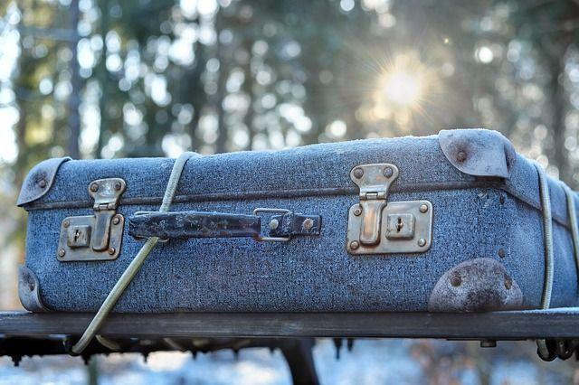 luggage-2020548_640