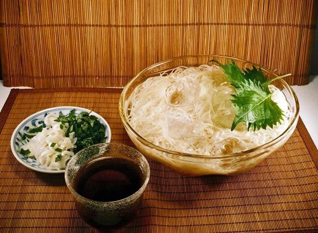 20150703-09-03-cold-noodles